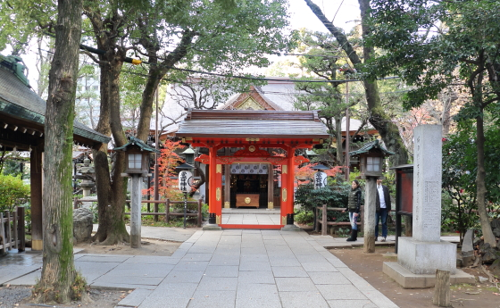 愛宕神社の神門